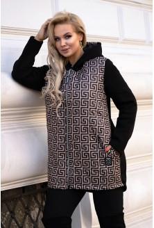 czarna bluza plus size z kapturem w modny karmelowy wzór