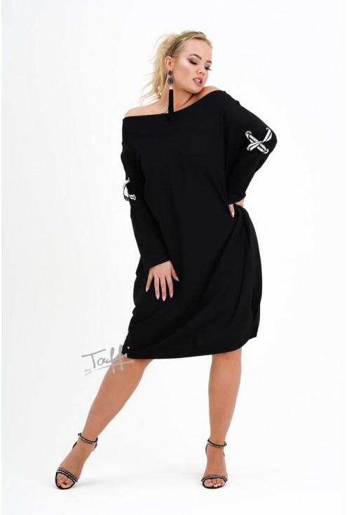 czarna sukienka EVE z krzyżykami na rękawach