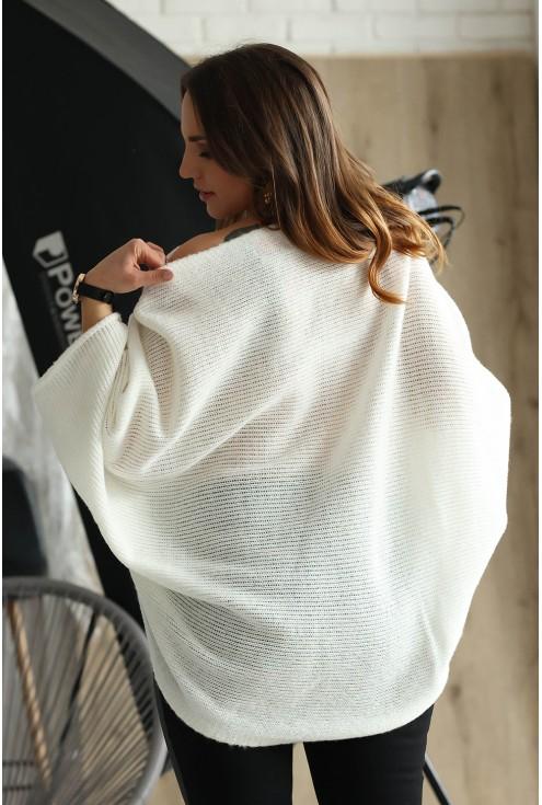 Tył swetra Carina kolor ecru
