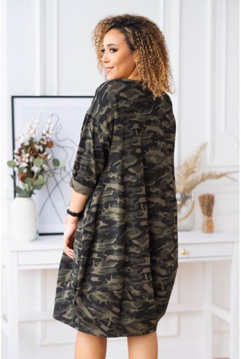 sukienka oversize z ozdobną wstążką