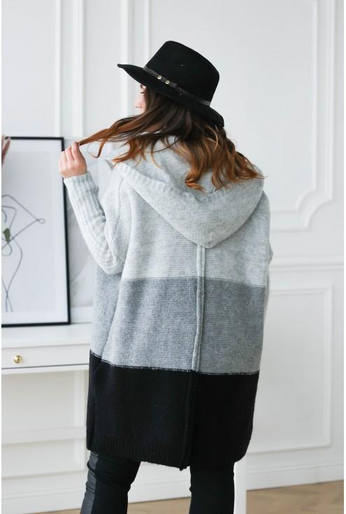 tył sweterka plus size