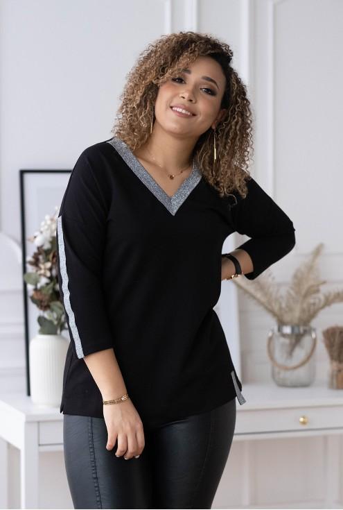 czarna bluzka xxl z ozdobnym dekoltem