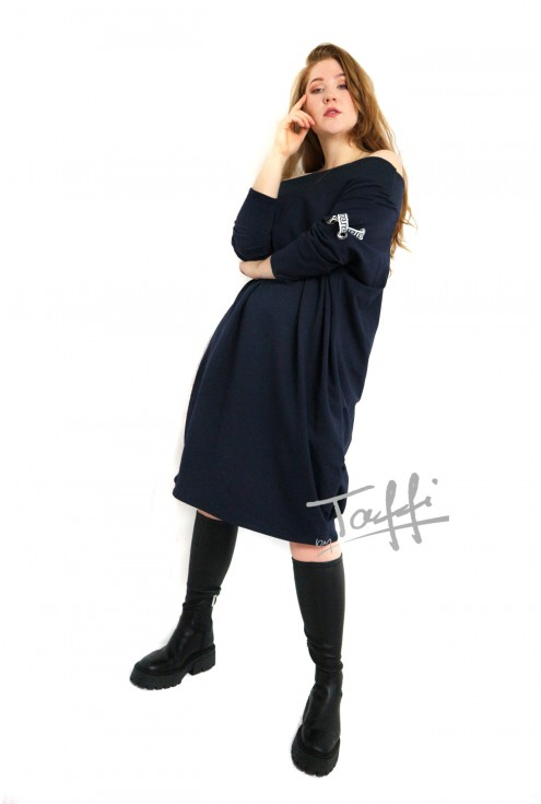 modna sukienka oversize EYE