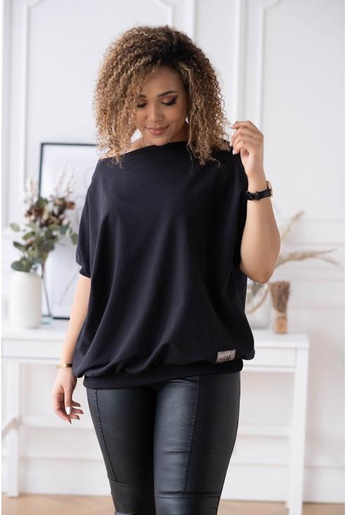 czarna bluza WEEKEND ze ściągaczem na dole
