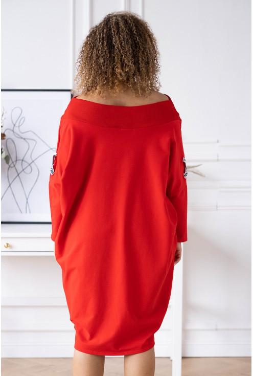 tył czerwonej sukienki eye