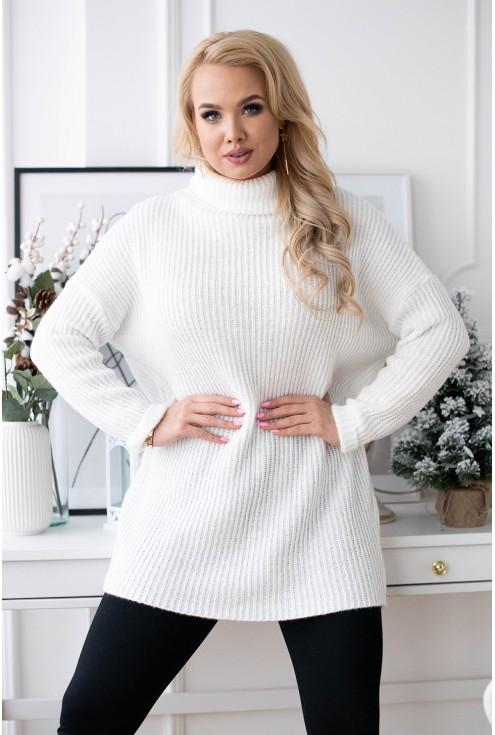 kremowo biały sweter z golfem xxl