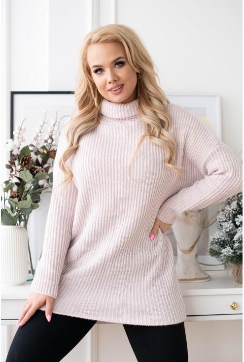 pudrowy sweter z golfem xxl