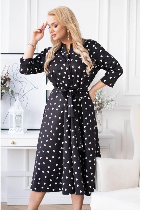 czarna sukienka rozkloszowana plus size