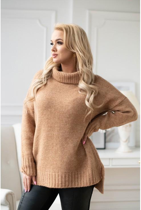 Karmelowy ciepły sweter z golfem