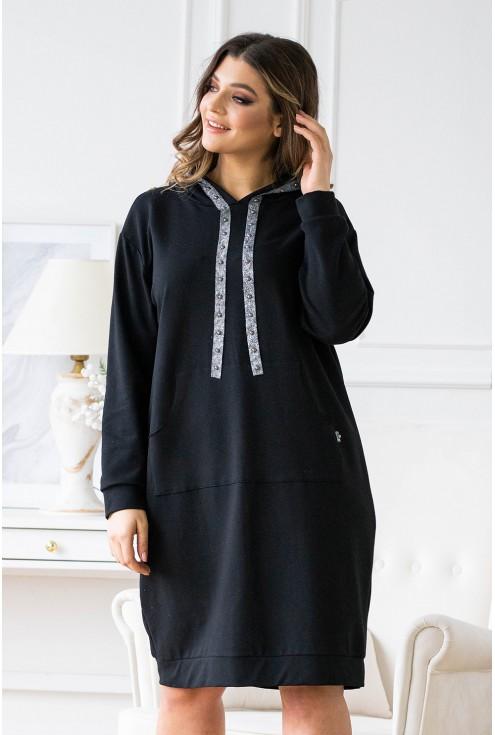 czarna sukienka dresowa ze srebrną tasiemką