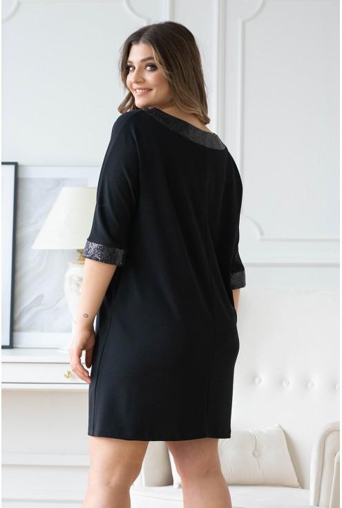 tył czarnej sukienki szerokiej sylwester olia xxl