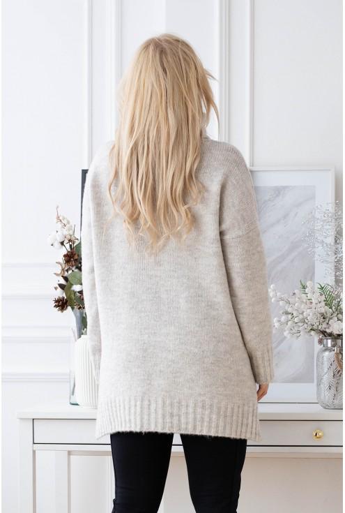 tył sweterka kość słoniowa