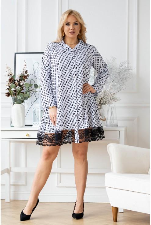biała sukienka plus size w czarny wzór