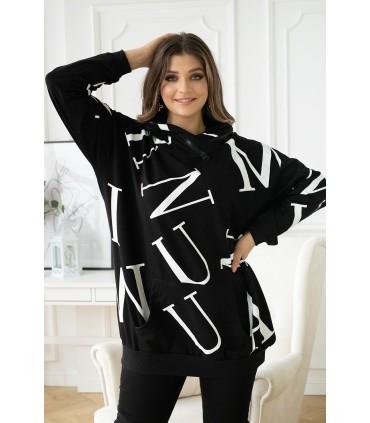 Czarna bluza plus size w białe litery z kapturem - ELIZABETH