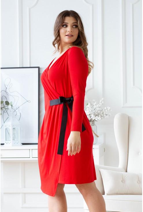 Czerwona sukienka xxl z dekoltem V