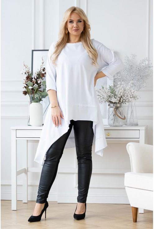 biała bluzka z asymetrycznym wykończeniem dołu
