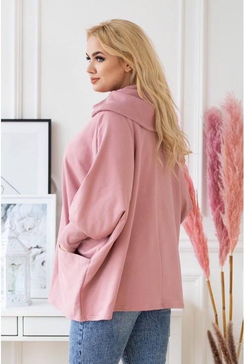 tył różowej bluzy plus size