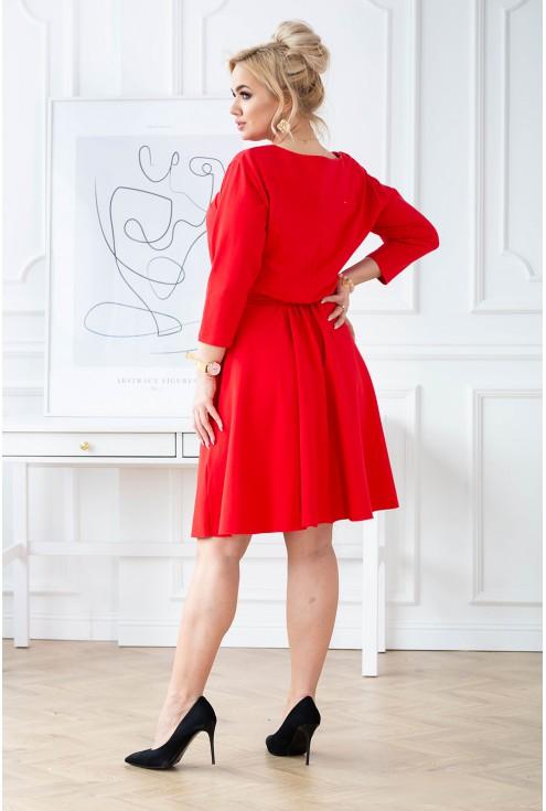 czerwona sukienka z gumką