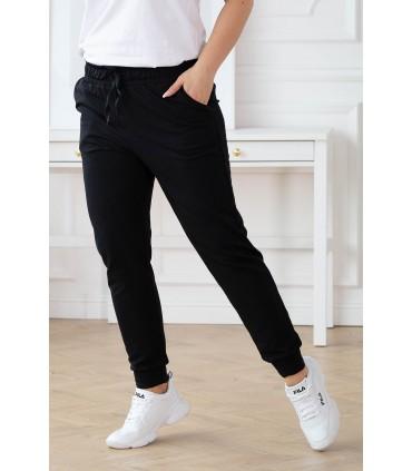 Czarne spodnie dresowe plus size - MICHAELA