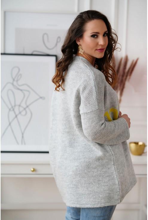 tył swetra xxl Nice z napisem