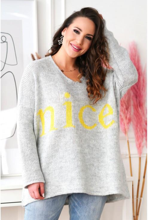 wiosenny sweter z napisem