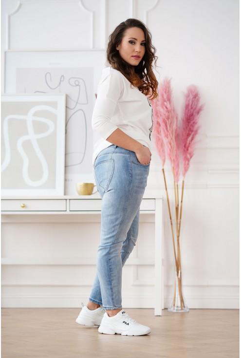 jeansy plus size z kieszeniami