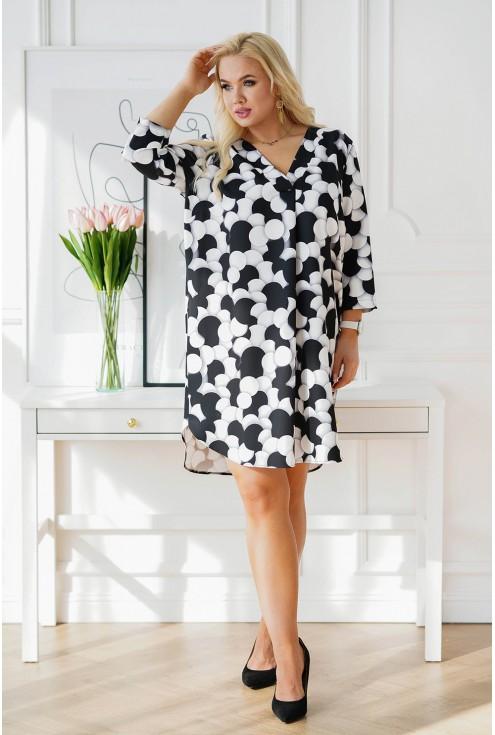 sukienka w czarno-białe groszki xxl