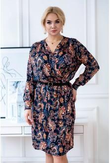 Granatowa sukienka w orientalny wzór