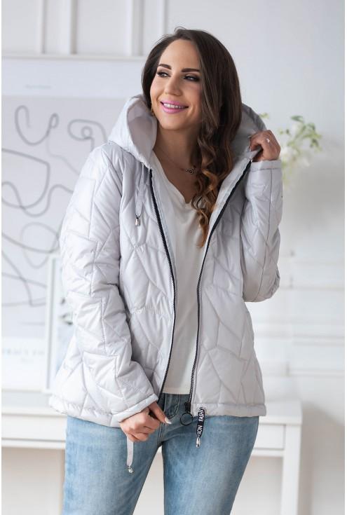 pikowana kurtka z naszywką z kapturem