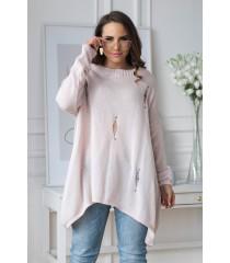 Pudrowy sweterek z przetarciami i ćwiekami - MERLIN