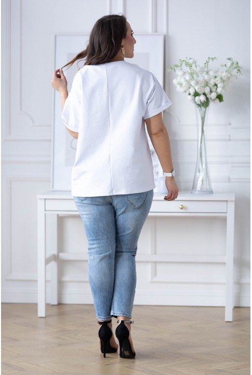 bluzka w kolorze białym z misiem