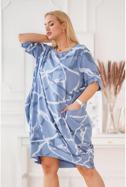 oversizowa sukienka z wzorem