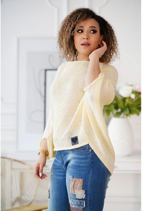 Cytrynowy sweterek z obniżoną linią ramion
