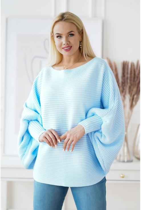 Błękitny sweterek z poziomym splotem
