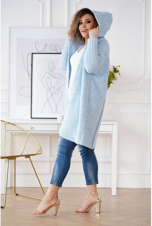 jasnoniebieski sweter z napisami