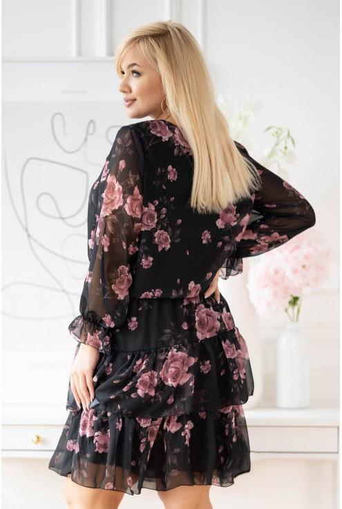 tył czarnej sukienki z szyfonu plus size duże rozmiary