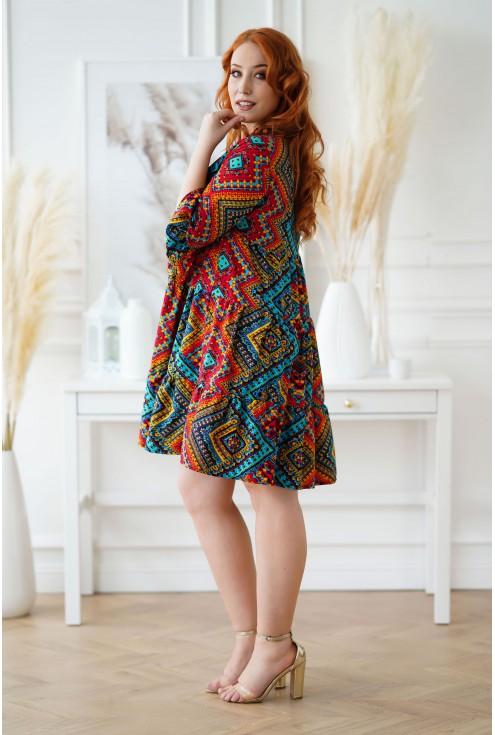 Sukienka boho z kolorowym wzorem