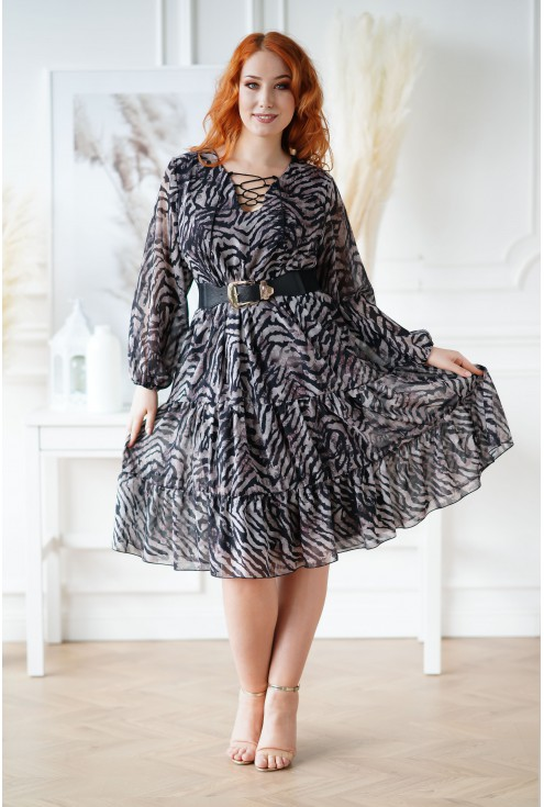 sukienka w beżowo-czarną zebrę