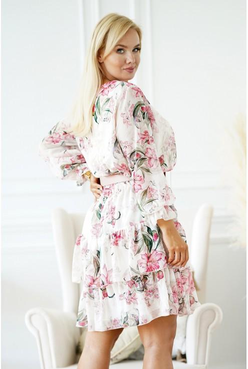 szyfonowa sukienka na wesele plus size w różowe kwiaty
