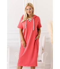 Koralowa sukienka plus size z wiązaniem na dekolcie - Siena