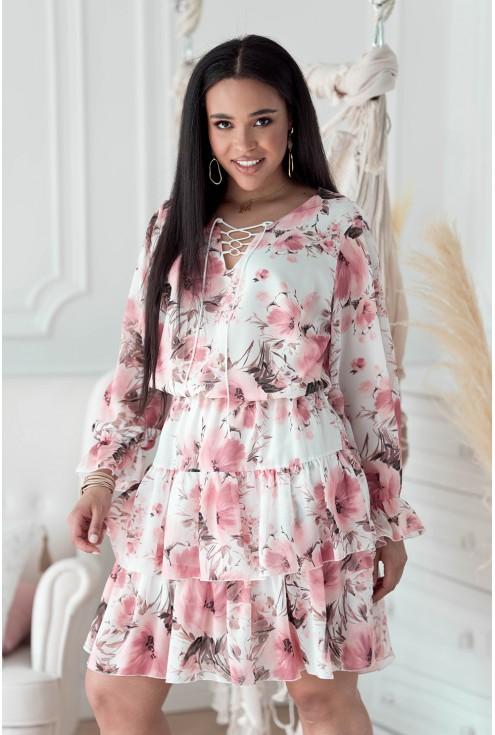 Kremowa sukienka w pudrowe kwiaty