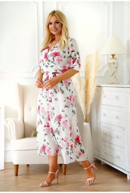 kremowa sukienka w różowe kwiaty