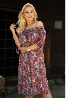 amarantowa sukienka plus size