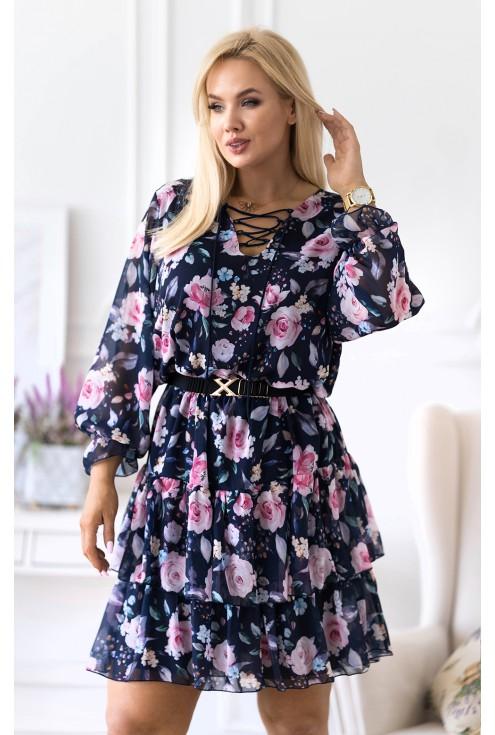 Granatowa sukienka w kolorowe kwiaty
