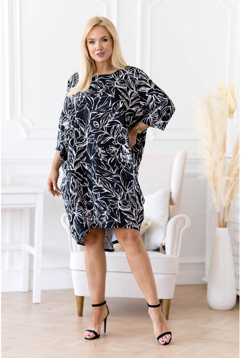 czarna sukienka z jasnoszarymi liśćmi