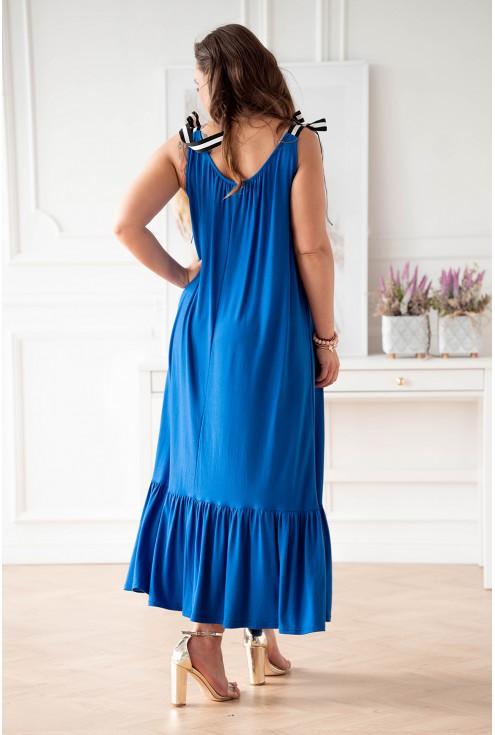 Chabrowa sukienka z falbaną i wiązaniem na ramiączkach plus size