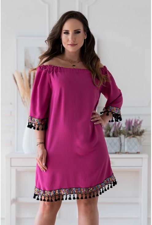 Amarantowa sukienka hiszpanka z ozdobnymi taśmami xxl
