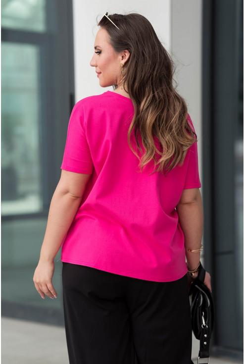 Tył wygodnej różowej bluzki dla kobiet w dużych rozmiarach plus size