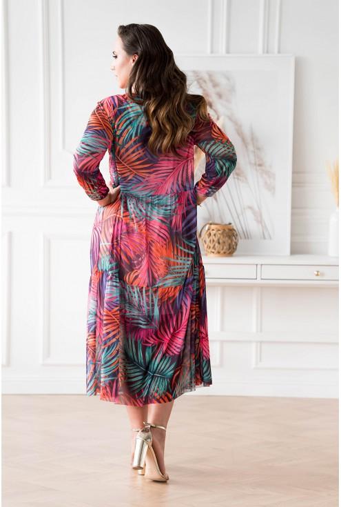 Tył fioletowej sukienki z siateczki xxxl
