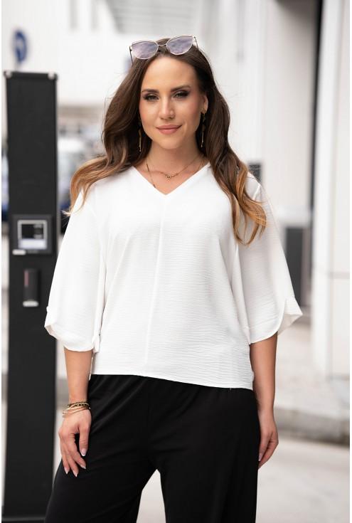Kremowa bluzka z szerokimi rękawkami plus size